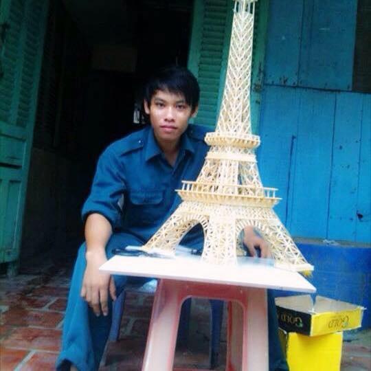 9X An Giang lam thap Eiffel phat sang tu 70.000 que tam tre hinh anh 2