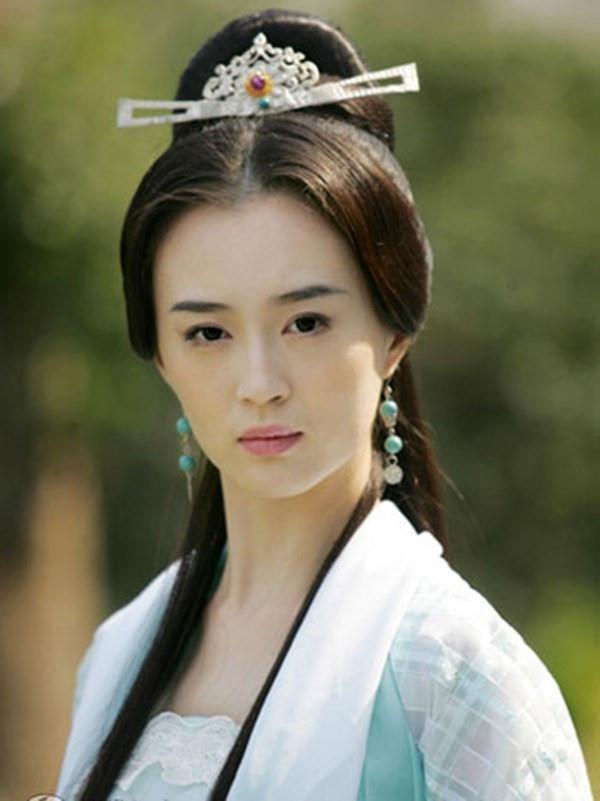 Nhung my nhan phim Kim Dung bi che bai nhieu nhat hinh anh 2
