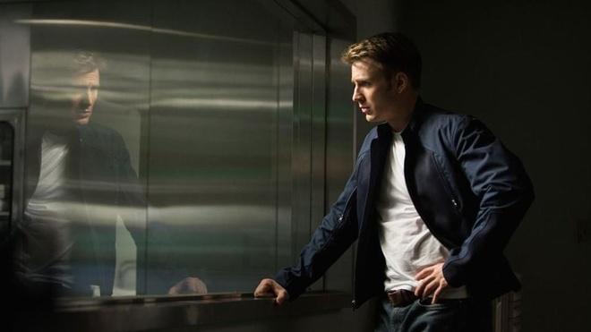 Nick Fury bi mat den can ho cua Captain America de trao thu gi? hinh anh 8