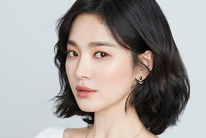 Song Hye Kyo bo vai phan dien trong phim moi vi do vo hon nhan? hinh anh 1