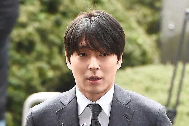 Jung Joon Young phu nhan cao buoc hiep dam hinh anh 2