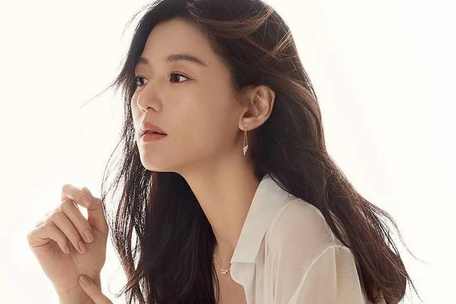 Song Hye Kyo van la dien vien Han Quoc duoc yeu thich nam 2019 hinh anh 11