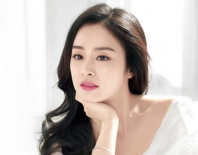 Son Ye Jin va loat nhan sac danh tieng xu Han cung tai xuat trong 2020 hinh anh 2