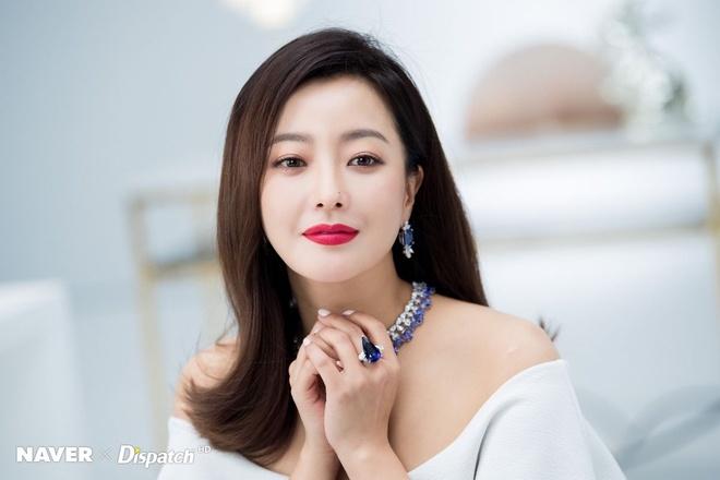 Son Ye Jin va loat nhan sac danh tieng xu Han cung tai xuat trong 2020 hinh anh 3