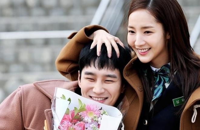 Thieu gia bat tai cua 'Tang lop Itaewon' tung yeu tham Song Hye Kyo hinh anh 7 Ahn_Bo_Hyun_8.jpg