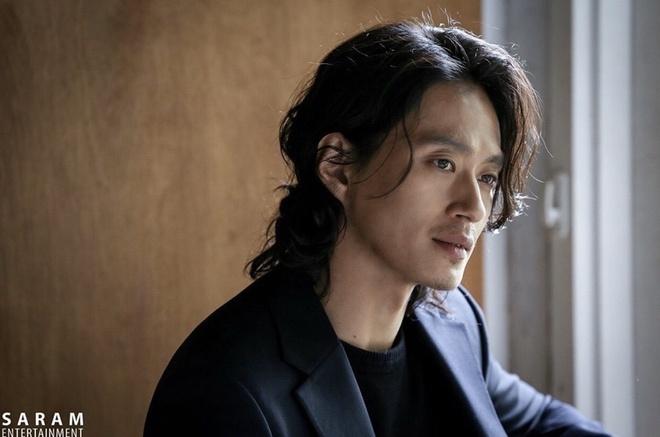 Kim Sung Kyu - chang thien xa dien trai, lanh lung cua 'Kingdom' hinh anh 3 Kim_Sung_Kyu_9.jpg
