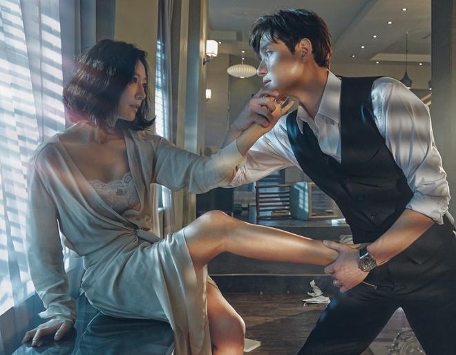 Phim Han ngap canh 'giuong chieu' 19+ the chan 'Tang lop Itaewon' hinh anh 1 The_gioi_hon_nhan_1.jpeg