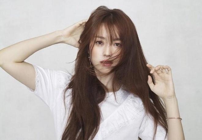Han Hyo Joo,  Dong Yi anh 4