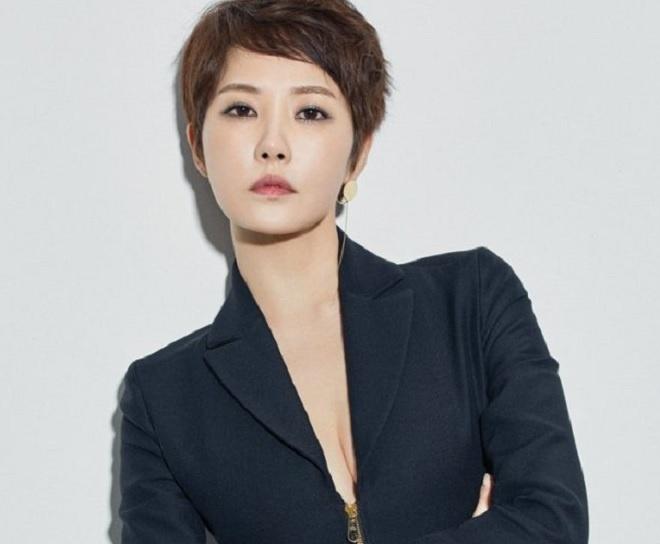 Tuoi 45 cua nang 'Kim Sam Soon' sanh vai Hyun Bin mot thoi hinh anh 1 Kim_Sun_Ah_6.jpg