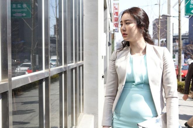 Yoo Seung Ho,  Lee Sung Kyung,  Go Ara anh 7