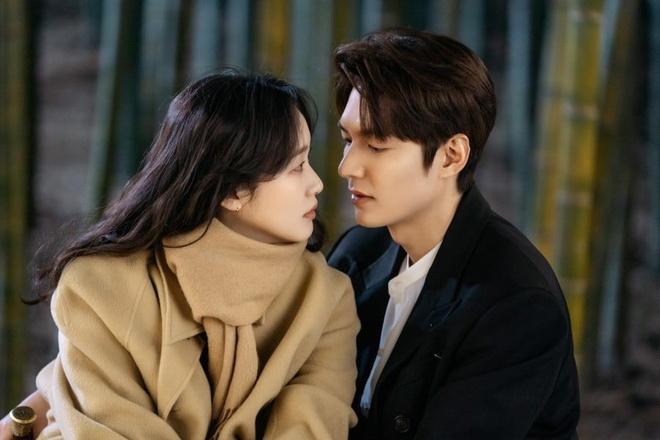 Kim Soo Hyun,  Dien thi co sao,  Ha canh noi anh,  Lee Min Ho anh 6