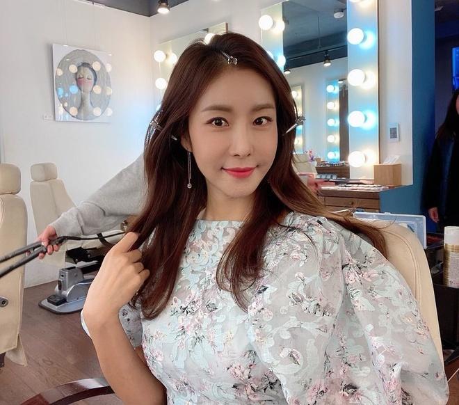 Han Eun Jung,  Ngoi nha hanh phuc anh 8