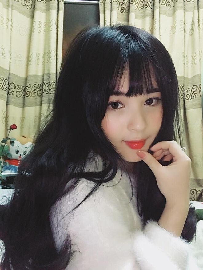26173145 1258809124262703 3487523249403565250 o Ảnh Bạn gái của các cầu thủ U23 Việt Nam xinh như hot girl