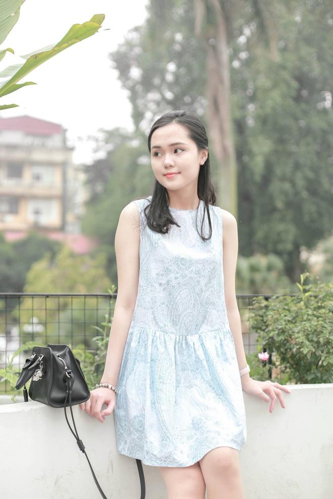 28828110 1880112155332461 2249617783515760360 o Ảnh Bạn gái của các cầu thủ U23 Việt Nam xinh như hot girl