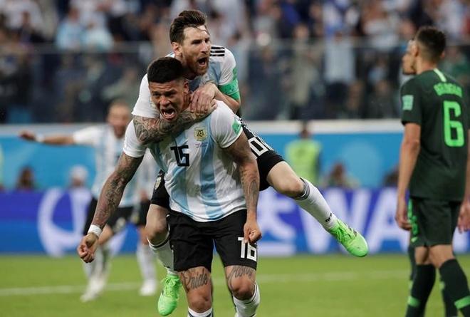 Ket qua dem qua: Argentina lach qua khe cua hep de di tiep hinh anh