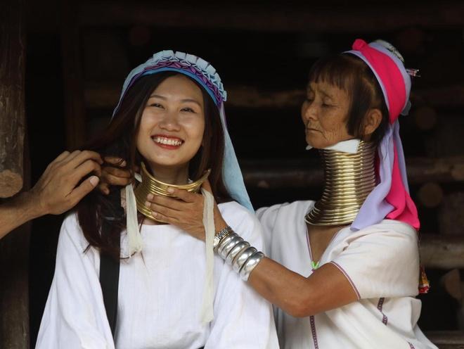 #Justgo: Tham lang co dai co mot khong hai tai Thai Lan hinh anh