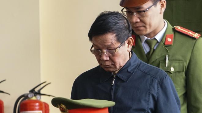 Bi cao Phan Van Vinh, Nguyen Thanh Hoa xin loi khi noi loi sau cung hinh anh