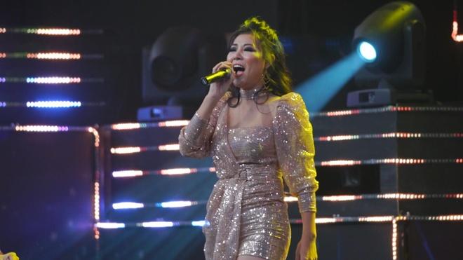 Thanh Hương 'Quỳnh búp bê' khuấy động sân khấu VTV Awards 2019