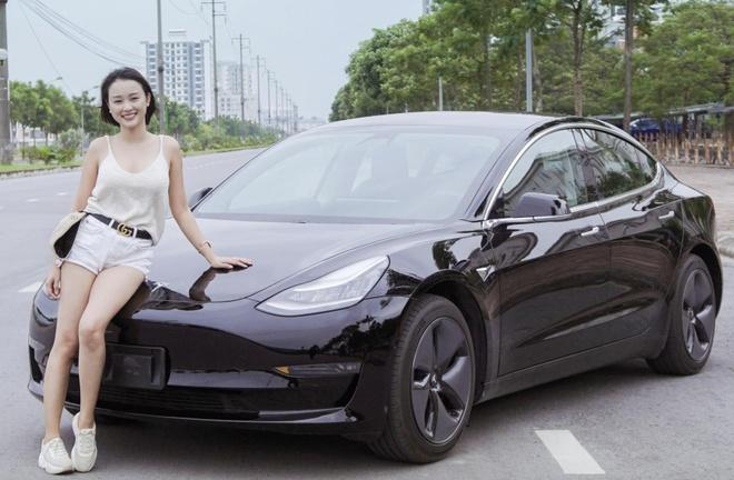 Trai nghiem xe la Tesla Model 3 tai Viet Nam gia hon 3 ty hinh anh