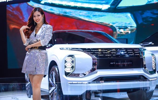 Trai nghiem Mitsubishi GT PHEV - xe y tuong tai VMS 2019 hinh anh
