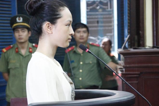 Hoa hau Truong Ho Phuong Nga anh 1