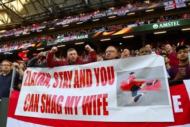 Ibrahimovic nhan duoc de nghi kho xu sau khi vo dich Europa League hinh anh 1