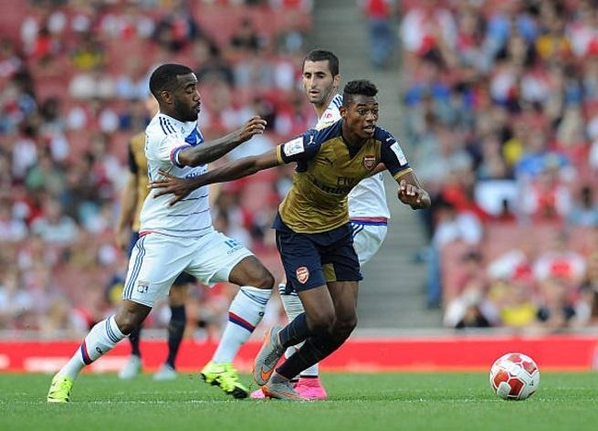 lacazette toi Arsenal anh 4