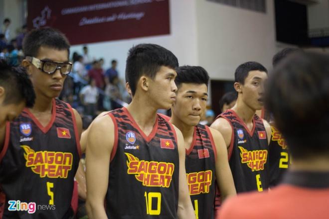 Thanglong Warriors an mung phan khich, Saigon Heat cui dau vi that bai hinh anh 12
