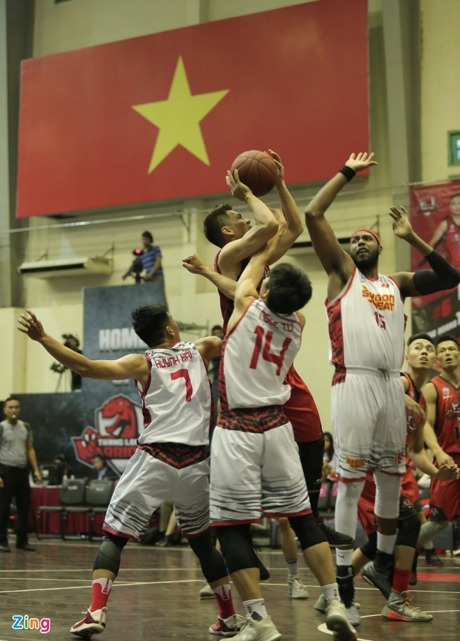 Dan 3 hiep, Saigon Heat van de Thanglong Warriors loi nguoc dong hinh anh 3