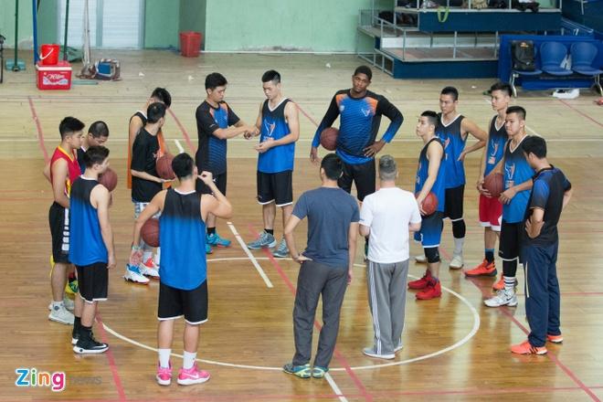 Vincent Nguyen, Hoang Ca tich cuc tap luyen nham phuc han TL Warriors hinh anh 18