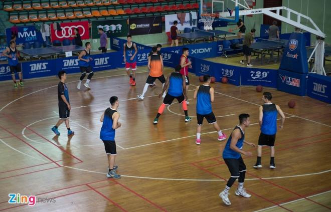 Vincent Nguyen, Hoang Ca tich cuc tap luyen nham phuc han TL Warriors hinh anh 1
