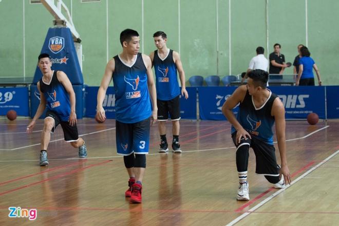 Vincent Nguyen, Hoang Ca tich cuc tap luyen nham phuc han TL Warriors hinh anh 2