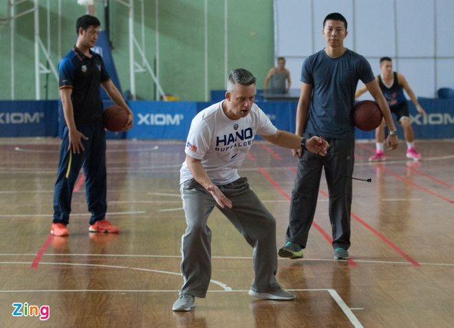 Vincent Nguyen, Hoang Ca tich cuc tap luyen nham phuc han TL Warriors hinh anh 4
