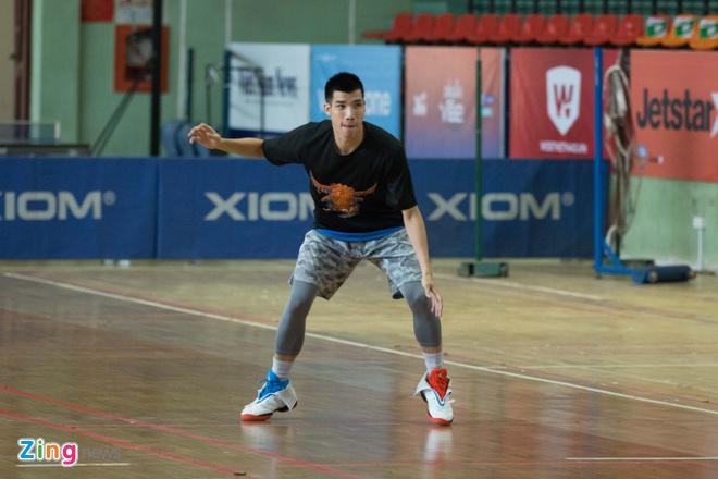 Vincent Nguyen, Hoang Ca tich cuc tap luyen nham phuc han TL Warriors hinh anh 6