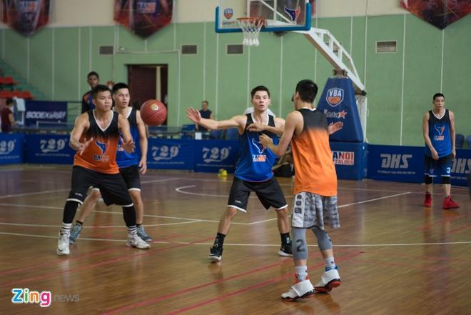 Vincent Nguyen, Hoang Ca tich cuc tap luyen nham phuc han TL Warriors hinh anh 7