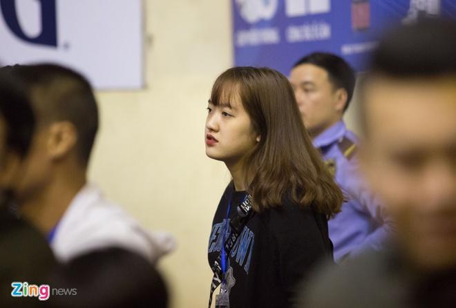 Fan nu bong ro co vu chung ket VBA 2017 hinh anh 2