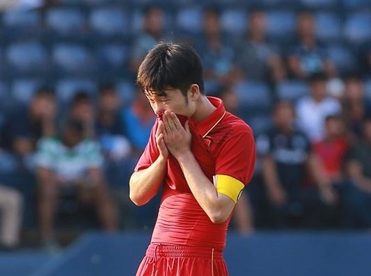 HLV Park cung U23 Viet Nam nhan mua chi trich sau that bai hinh anh