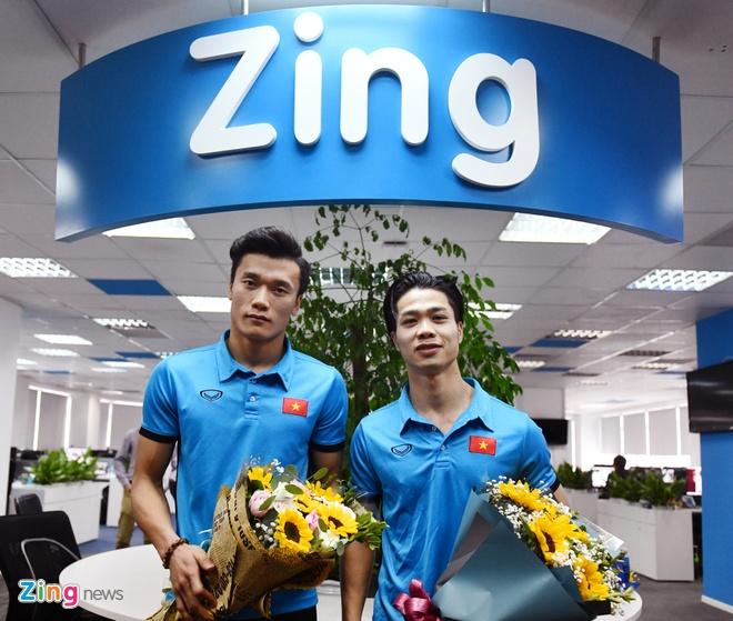 Tien Dung, Cong Phuong: 'Niem tin chua bao gio tat voi U23 Viet Nam' hinh anh 1