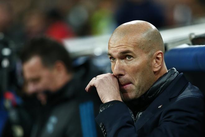 Thua khi phong do cao, Real Madrid tinh buong La Liga? hinh anh 2