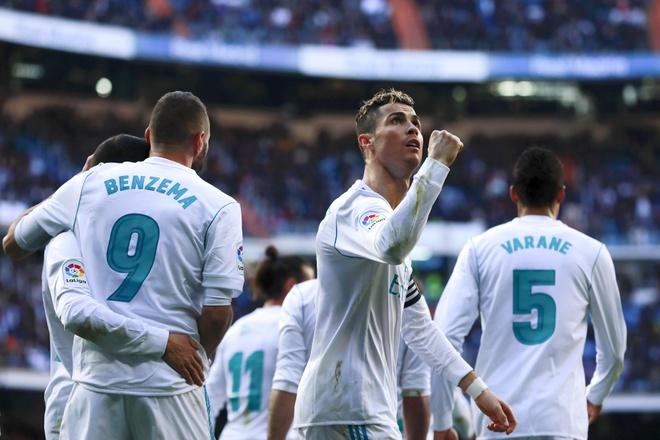Thua khi phong do cao, Real Madrid tinh buong La Liga? hinh anh 3