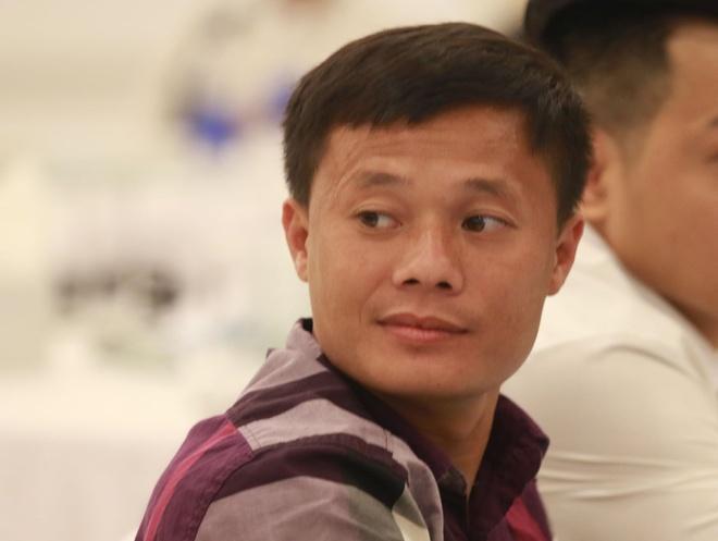 Thanh Luong cung nhieu cuu tuyen thu du le trao giai QBV phui hinh anh