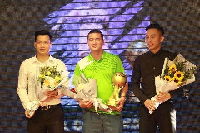 Thanh Luong cung nhieu cuu tuyen thu du le trao giai QBV phui hinh anh 1