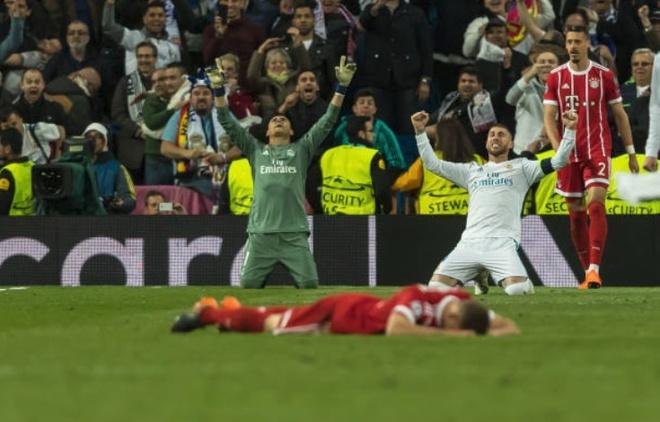 Khac Ronaldo va Real, Lewan va Bayern mai chi la 'vua xu mu'? hinh anh 2