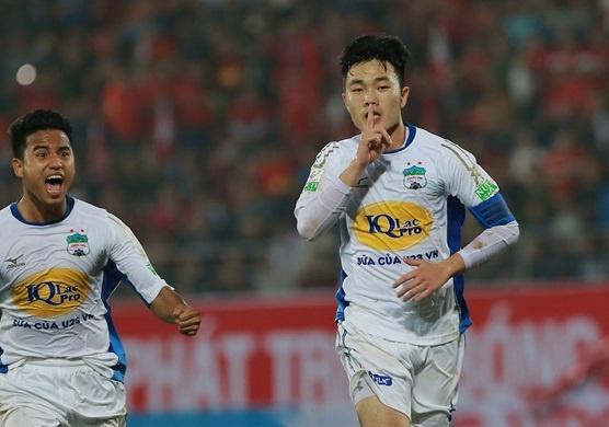 Cu sut xa cua Xuan Truong lot top 5 ban thang dep nhat vong 7 V.League hinh anh