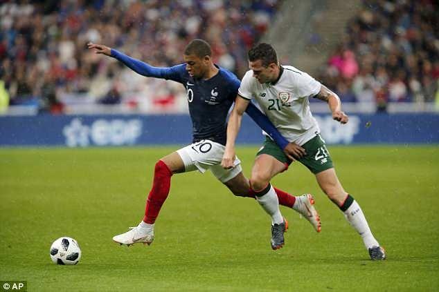 Giroud ghi ban, DT Phap thang 2-0 truoc khi du World Cup hinh anh 9