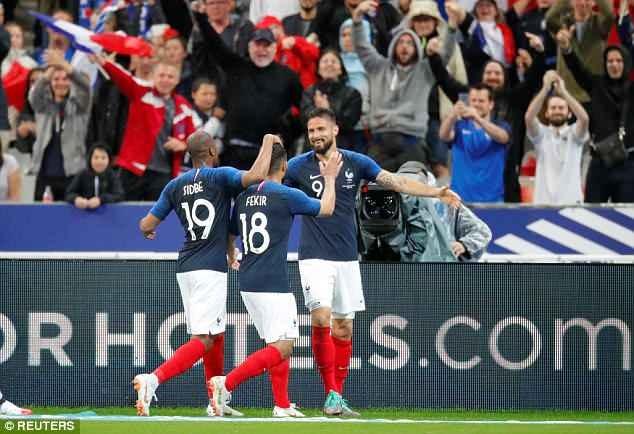Giroud ghi ban, DT Phap thang 2-0 truoc khi du World Cup hinh anh 7