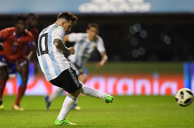 Messi ghi hat-trick, DT Argentina thang tran 4-0 truoc World Cup hinh anh 2