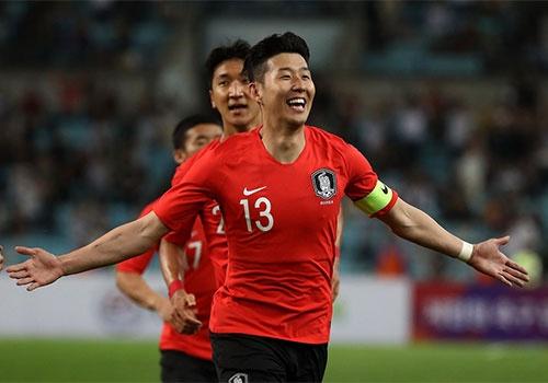 Sao Premier League sut xa dep mat, Han Quoc thang 2-0 truoc World Cup hinh anh
