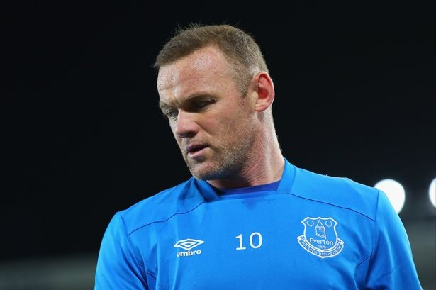 Khao khat o lai, Rooney van bi Everton day sang My hinh anh