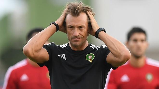 Morocco 0-1 Iran: Hau ve Morocco phan luoi nha dung phut cuoi hinh anh 1